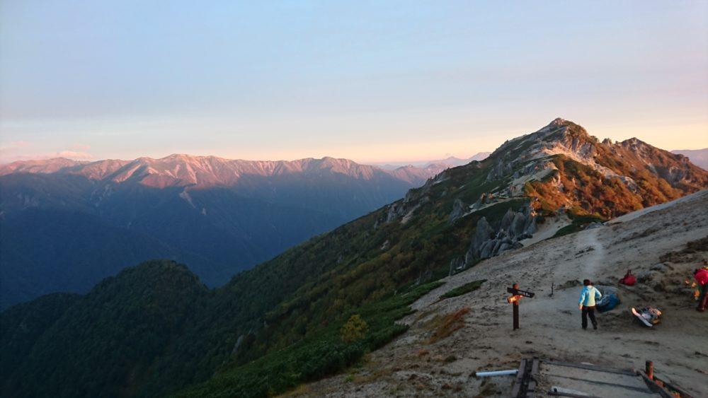 燕岳と北アルプスの山々