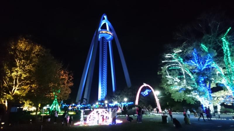 愛知木曽三川公園のツインアーチイルミネーションの全景