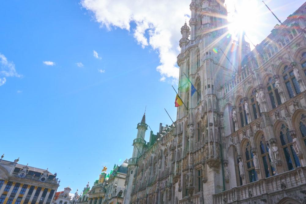 ベルギーにあるグランプラスの市庁舎