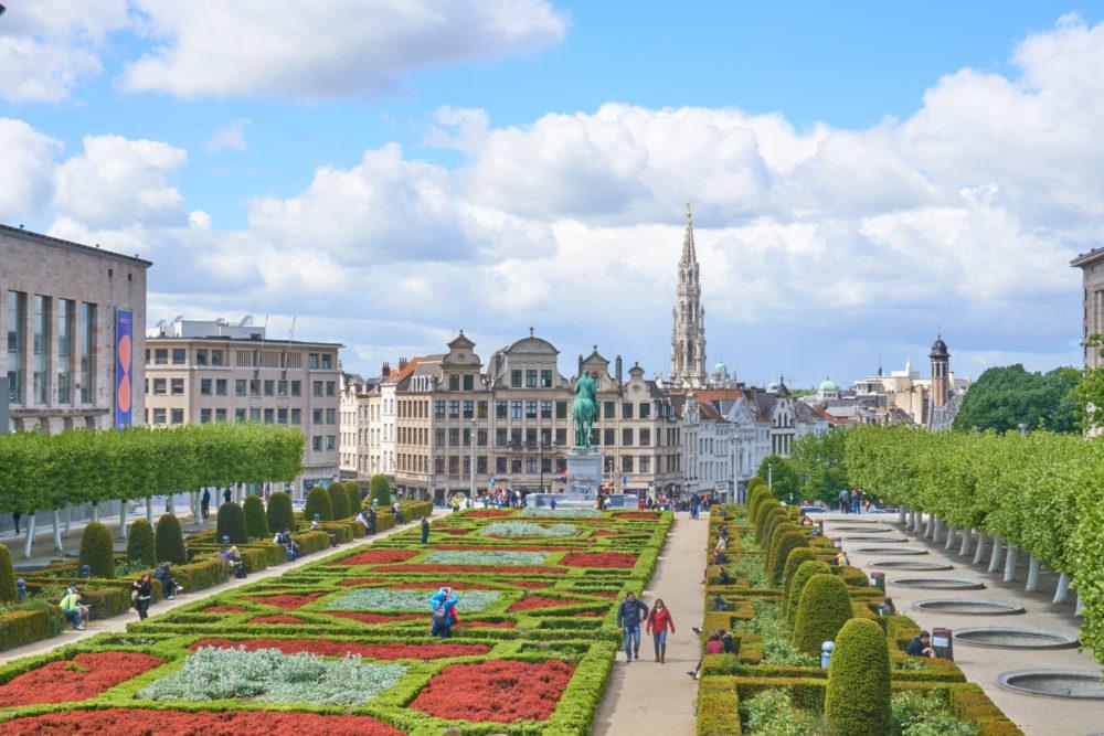 芸術の丘から見えるベルギーグラン・プラスの市庁舎