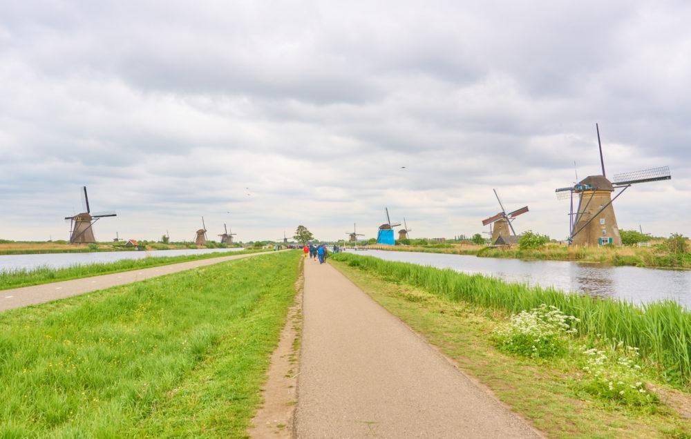 オランダのキンデルダイク全景