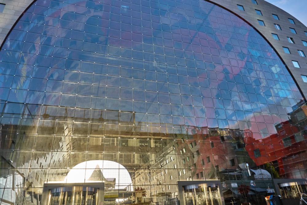 オランダロッテルダムにあるマルクトハルの模様