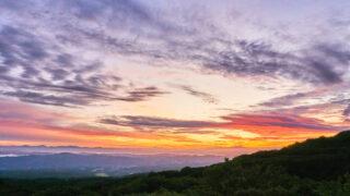 鳥海山の祓川ヒュッテで見る日の出