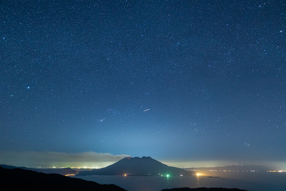 SIGMA 16mm F1.4 DC DNで撮影したパノラマ星景