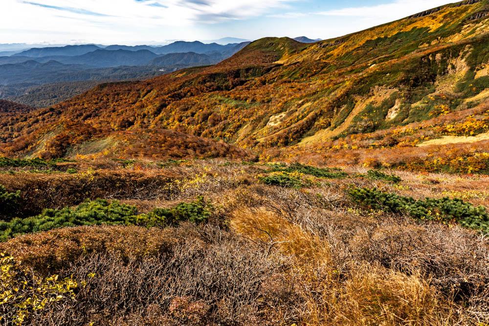SIGMA 20mmで撮影した栗駒の紅葉パノラマ