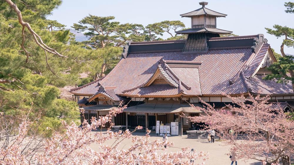 五稜郭の桜 アクセス